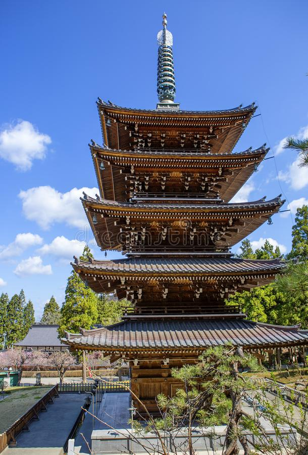 Aomori, Japão, templo de Seiryu Pagoda Five-storey imagem de stock