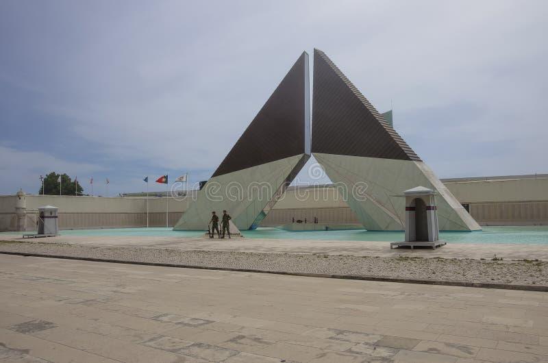 ` Aos Combatentes do Ultramar ` - Nationaal monument aan de Portugese militairen gevallen in Afrika 1961-1975 in Belem stock fotografie