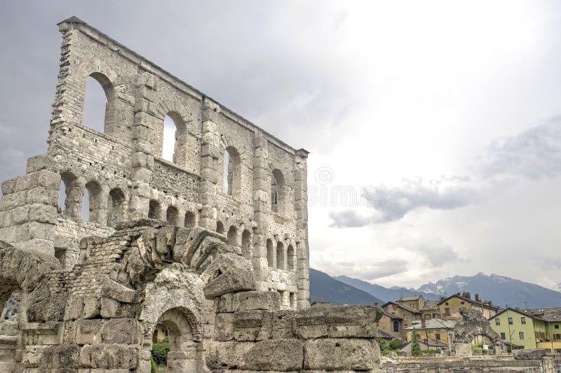 Aosta - Roman Theater stock afbeelding