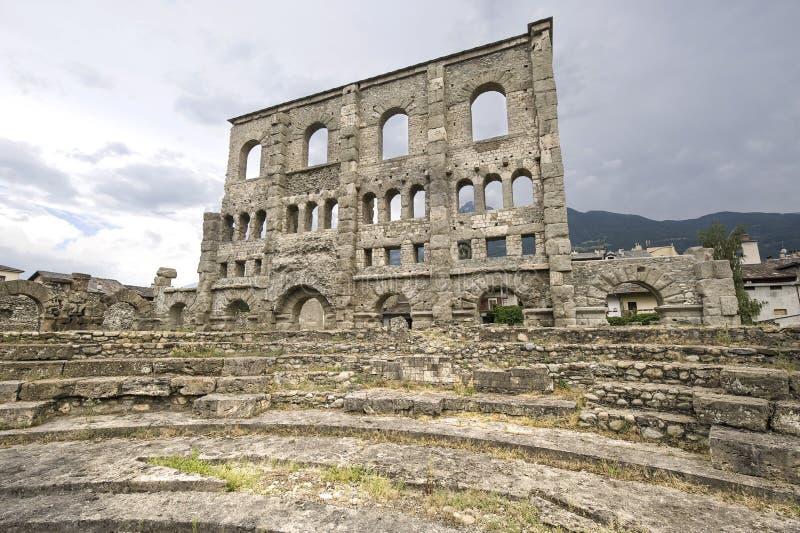 Download Aosta - teatro romano fotografia stock. Immagine di esterno - 24508512
