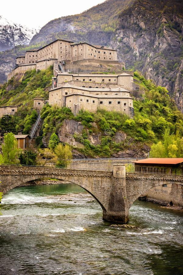 Aostavallei, Fort van Bard, Italië stock foto's