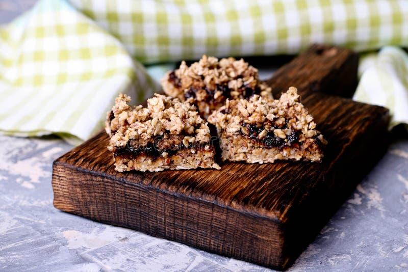 Apéritif de tarte et de miette de prune photographie stock