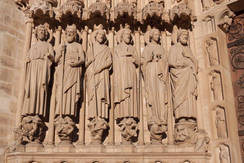 Apôtres, Notre Dame De Paris photographie stock libre de droits