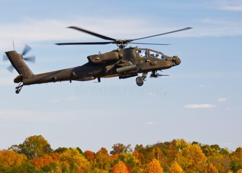 Apache AH un elicottero dei 64 elicotteri militari immagine stock
