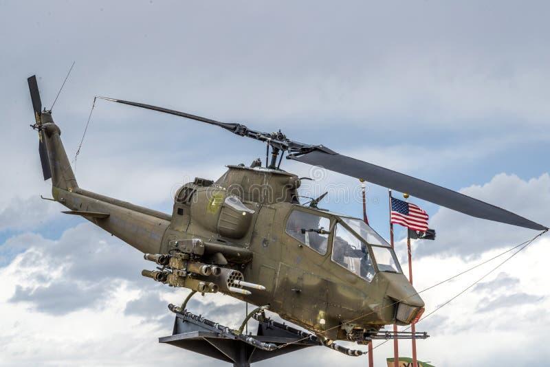 Apache helikopterVietnam era arkivfoton