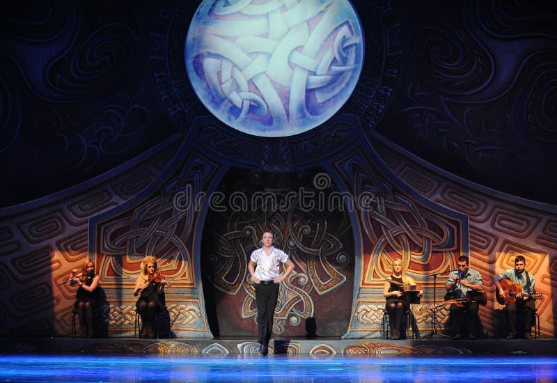 A aparência do rei da dança---A dança de torneira nacional irlandesa da dança fotos de stock
