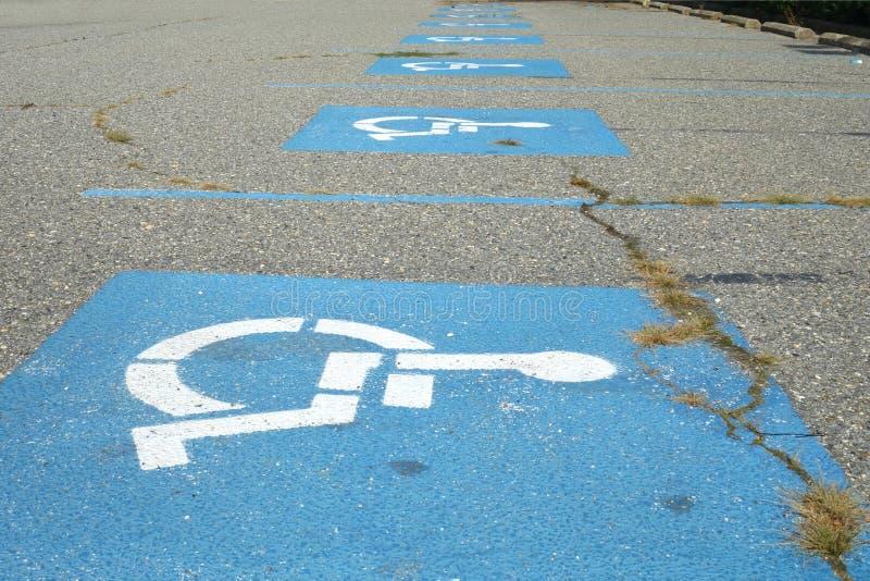 Aparcamientos discapacitados fotografía de archivo