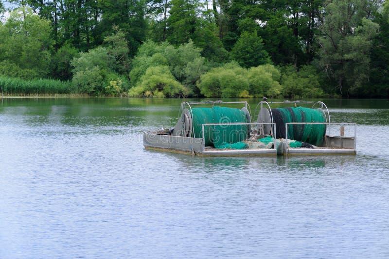 Aparejo de la pesca de la industria con la red rodada foto de archivo libre de regalías