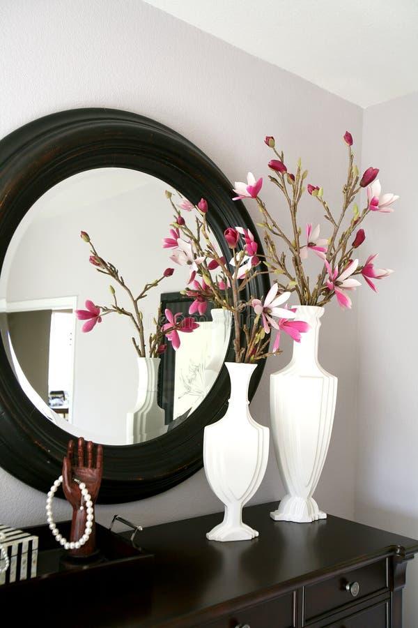 Aparelhador com flores foto de stock royalty free