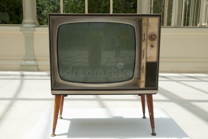 Aparelho de televisão velho fotografia de stock royalty free