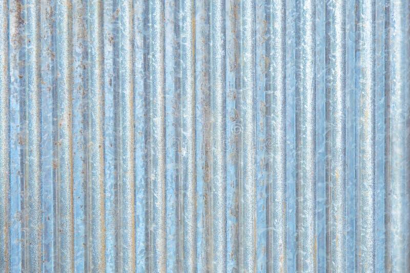 Apartadero oxidado del metal del hierro acanalado del cinc imagen de archivo