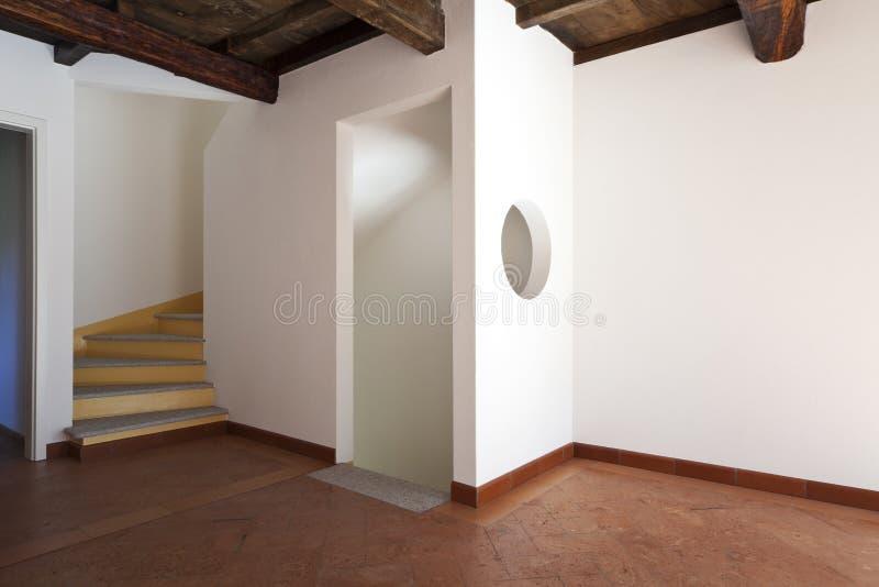 Apartamento bonito reaparelhado imagem de stock royalty free