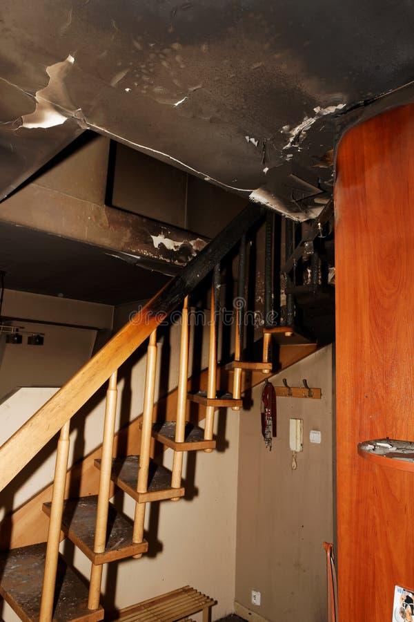 Apartamento quemado foto de archivo