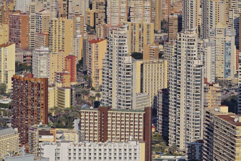Apartamentos apretados en Benidorm fotos de archivo libres de regalías