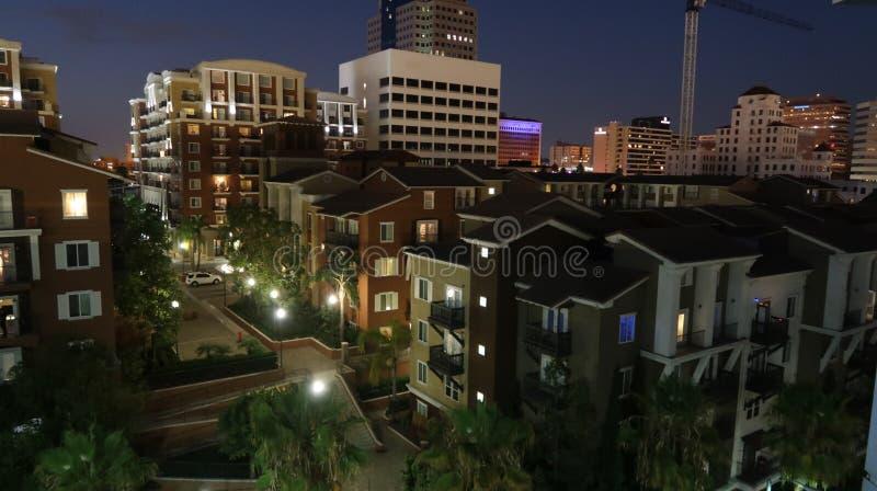 Apartamentos da construção de Long Beach imagens de stock royalty free