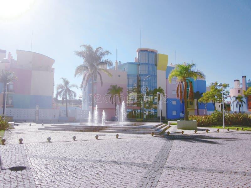 Apartamentos do porto de Albufeira foto de stock royalty free