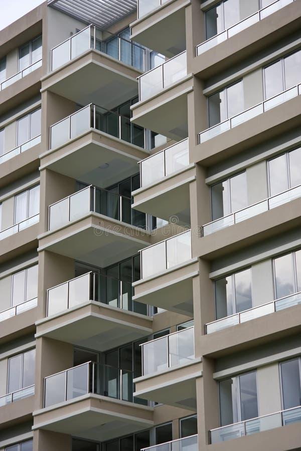 Apartamentos modernos imágenes de archivo libres de regalías