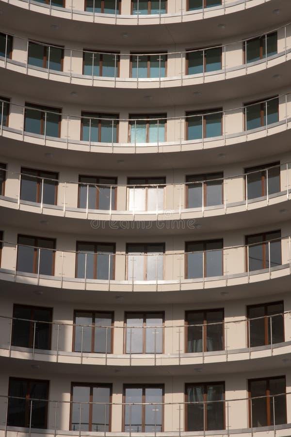 Apartamentos modernos em Varsóvia foto de stock