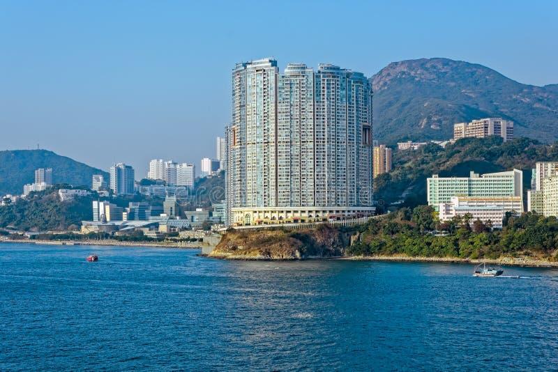 Apartamentos na construção de Aberdeen Hong Kong no estilo de Shui do brejo fotografia de stock royalty free