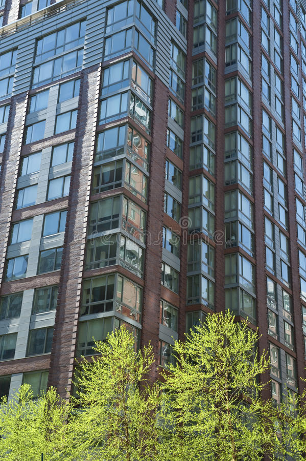 Apartamentos residenciais modernos imagens de stock
