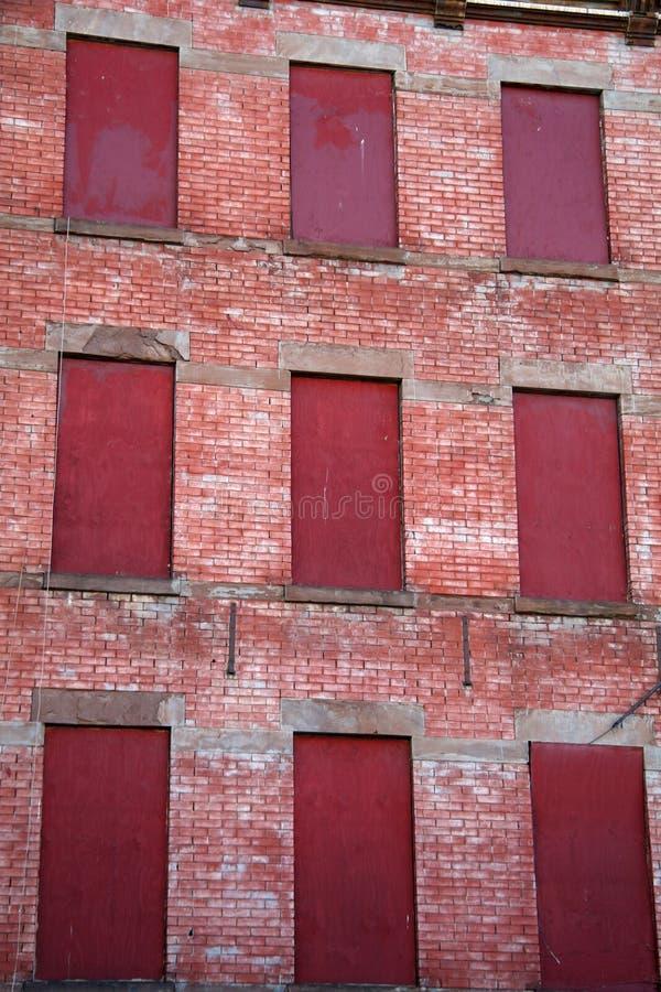 apartment building foreclosed στοκ εικόνες