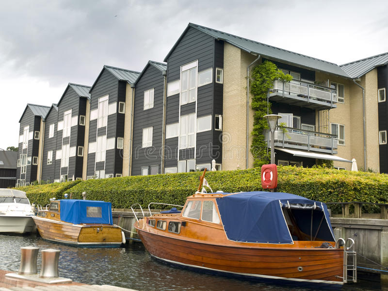 Download Apartments In The Copenhagen Canals Stock Photo - Image: 10717070