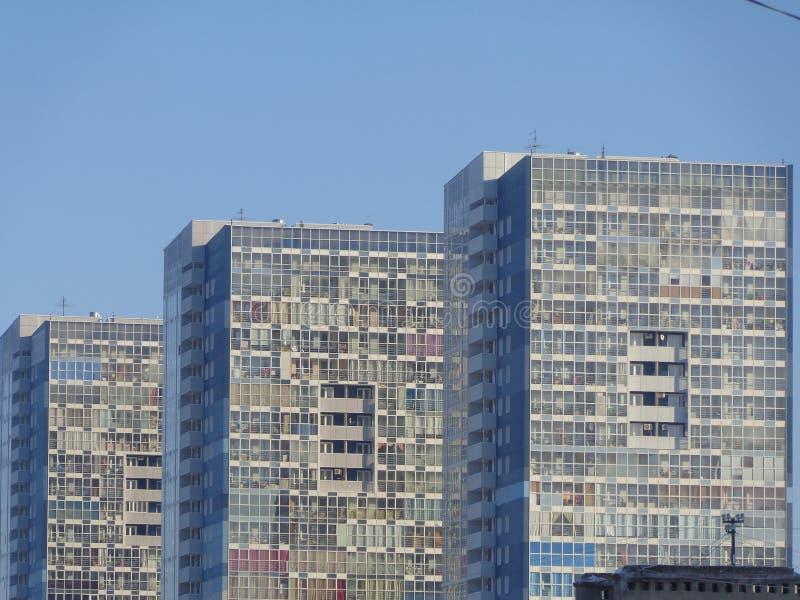Apartments& x27; D-solbadning royaltyfri foto