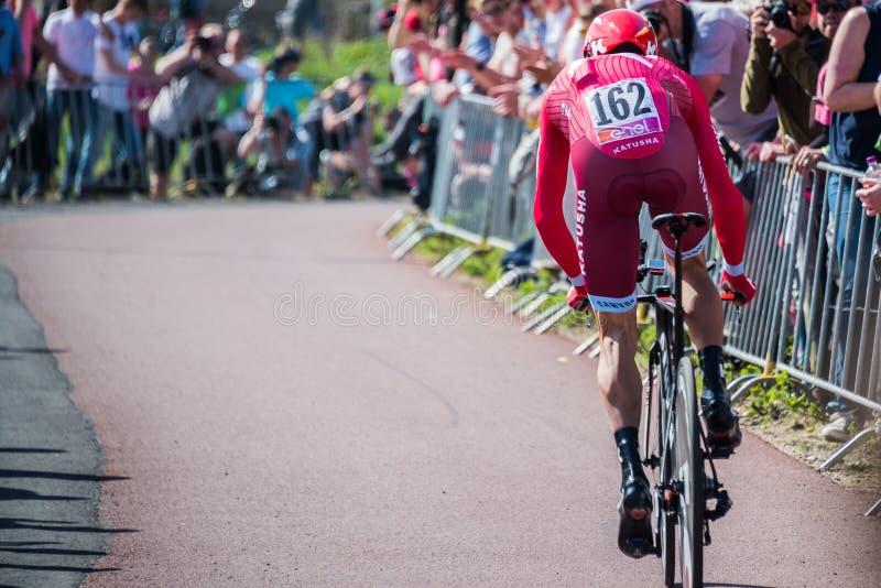 Apeldoorn, Pays-Bas le 6 mai 2016 ; Cycliste professionnel pendant la première phase de la visite de l'Italie 2016 photographie stock libre de droits