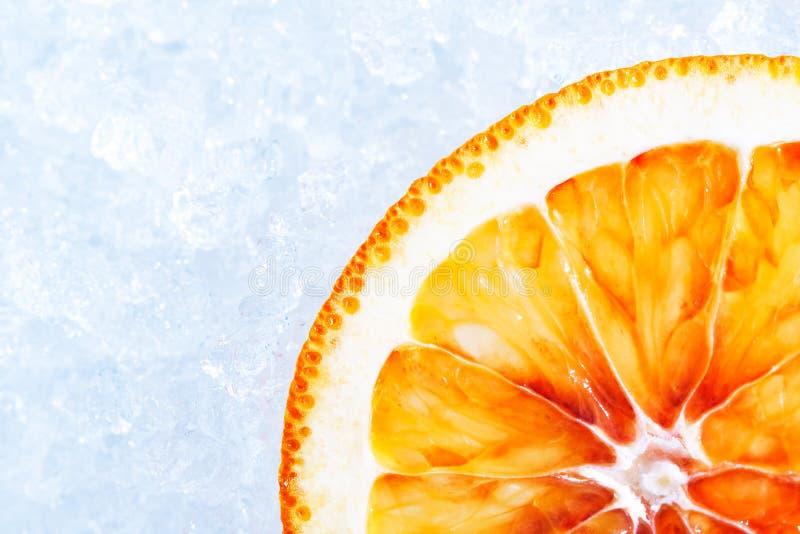 Download Apelsin på is arkivfoto. Bild av kylt, citrus, livstid - 37345994