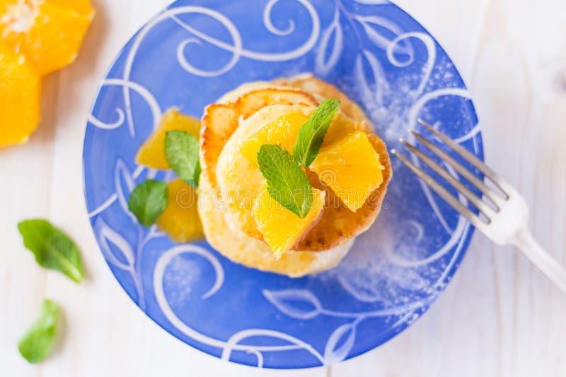 Apelsinskalpannkakor royaltyfri bild