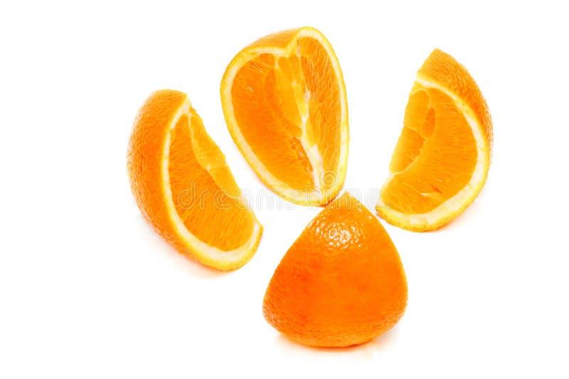 Apelsinsnittet på fyra del arkivbild