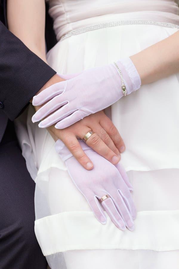 Download Apenas casado foto de archivo. Imagen de dedo, guante - 41919404