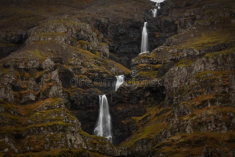 Apenas uma cachoeira em Islândia fotos de stock