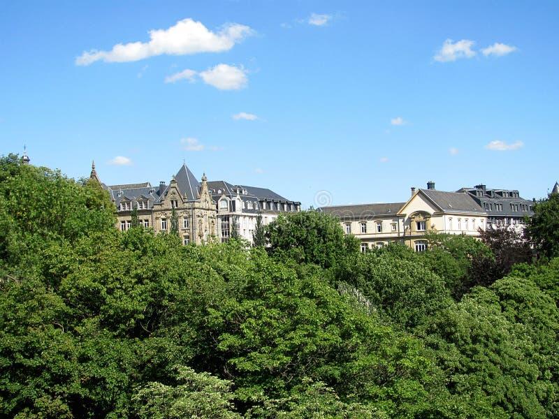 Aperçu de la ville de la colline au Luxembourg photos stock