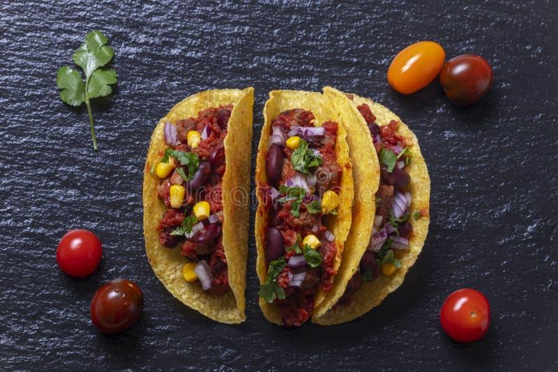 Aperçu de trois tacos image libre de droits