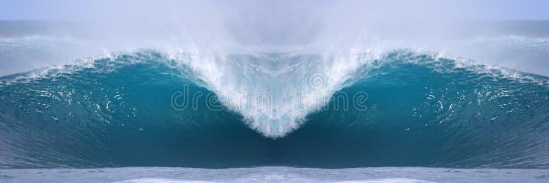 Aperfeiçoe a onda imagens de stock