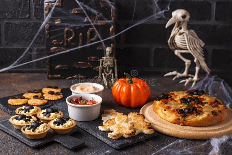 Aperitivi spaventosi per il partito di Halloween fotografie stock