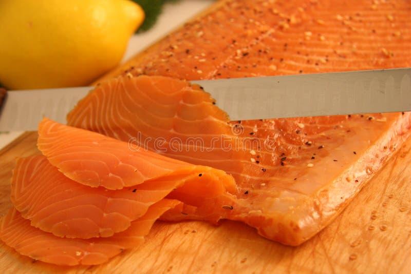 Aperitivo de color salmón fumado foto de archivo