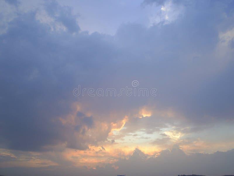 Apertura di cielo fotografie stock