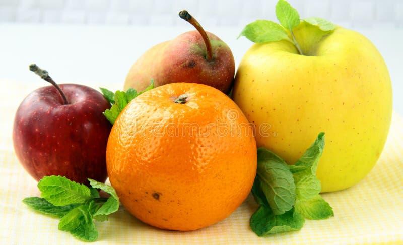 Apfelbirnentangerinen der frischen Frucht stockbilder