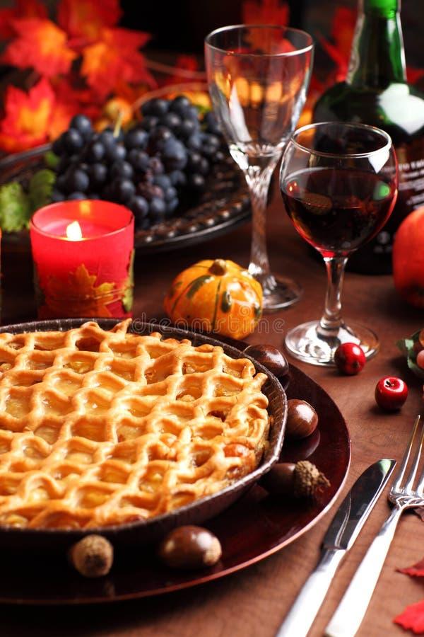 Apfelkuchen für Danksagung stockbild