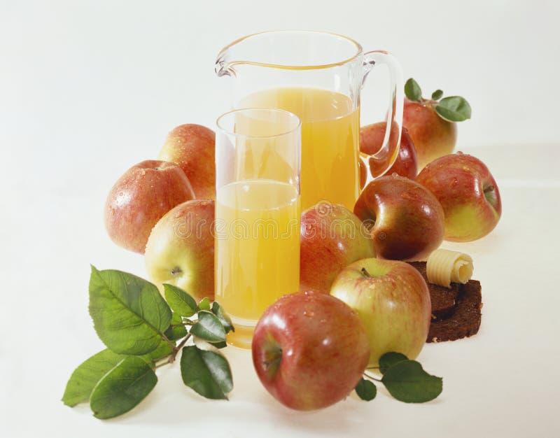 Apfelsaft lizenzfreie stockfotografie