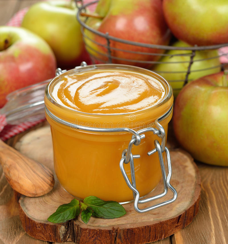 Apfelsauce stockfotos