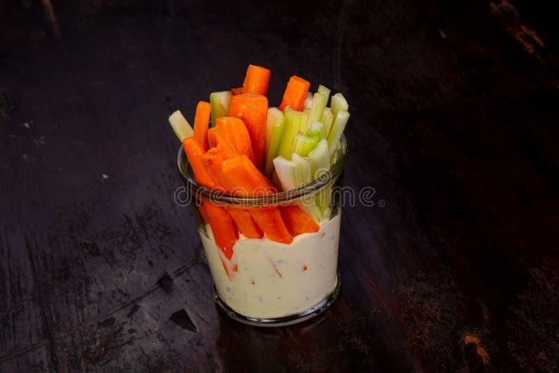 Apio y zanahoria fotos de archivo libres de regalías