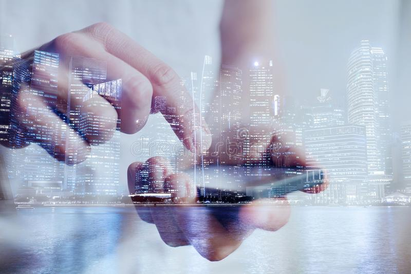 Aplicação móvel da tecnologia e do smartphone fotografia de stock