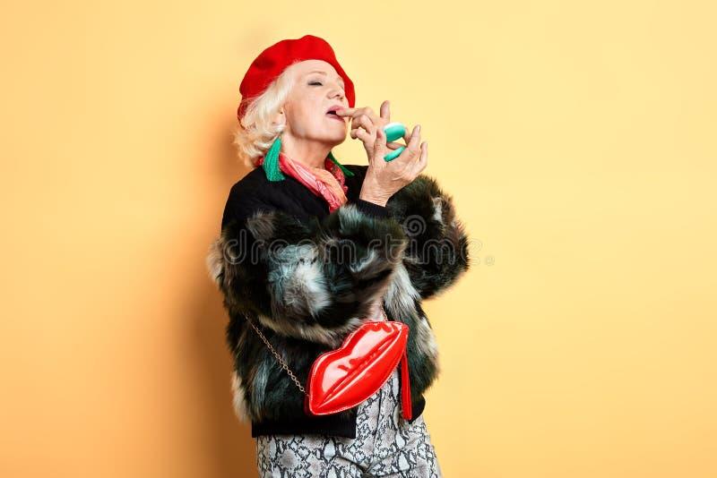 A aplicação superior à moda da mulher do encanto compõe fotos de stock royalty free