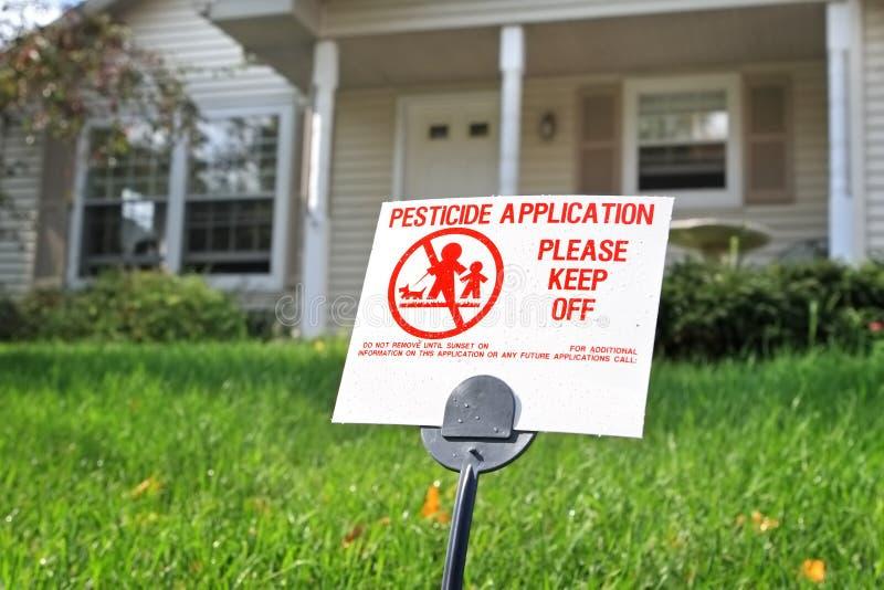 Aplicación del pesticida foto de archivo