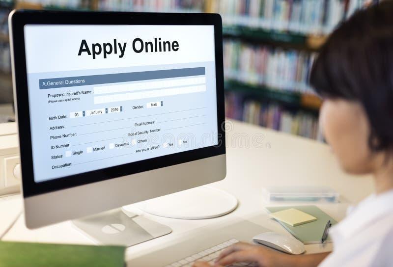 Aplique o conceito do formulário da faculdade da candidatura online fotografia de stock