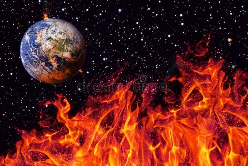 Apocalypse, die Erde zerstört durch das Explodieren der Sonne Ende der Zeit Zukunftsromankunst Elemente dieses Bildes lizenzfreie stockfotos