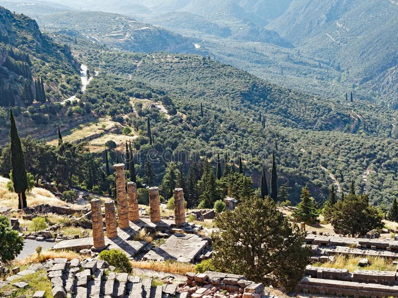 apollo delphi greece tempel royaltyfria foton